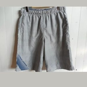 UNDER ARMOUR loose board shorts swim  youth XXL